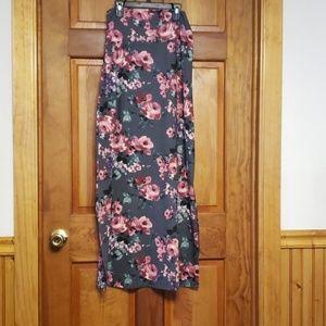 Agnes & Dora Maxi skirt